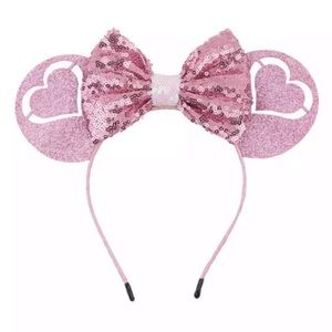 Minnie Mouse Heart Sequin Headband with Bow